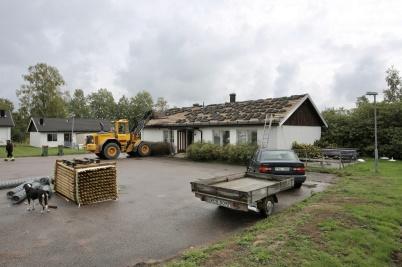 30 augusti 2018 - PRO-föreningens hus började rivas.