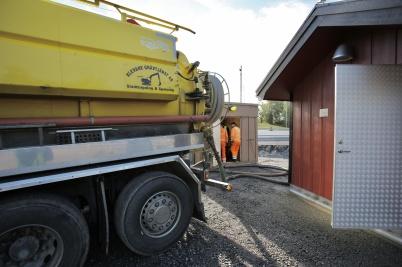 12 september 2018 - Så var det dags att koppla samman nya avloppspump-stationen vid Älverud med avlopps-reningsverket.