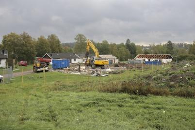 18 september 2018 - På Solängen försvann parhusen i snabb takt.