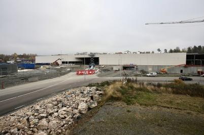12 oktober 2018 - Man kunde se hur nya Töcksfors shoppingcenter växte fram.