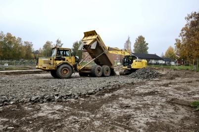 12 oktober 2018 - På Solängen startade markarbetet för bygget av tre nya hyreshus.
