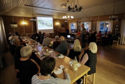 15 oktober 2018 - Årjängs Bostads AB bjöd in till informationsträff i församlingshemmet för att berätta om de nya hyreshusen som ska byggas på Solängen.