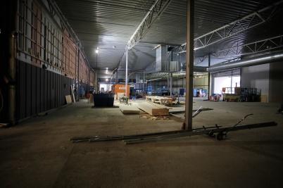 30 oktober 2018 - Och i shopping-centrets nya del påbörjades det inre arbetet-