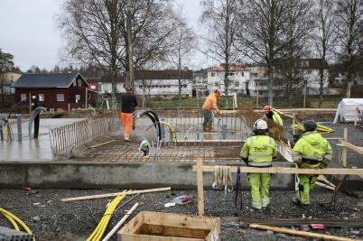 14 november 2018 - På Solängen göt man grunden till första hyreshuset.
