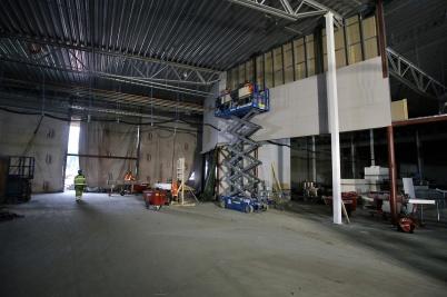 20 november 2018 - Inne i nya delen av shoppingcentret började man bygga innerväggar.