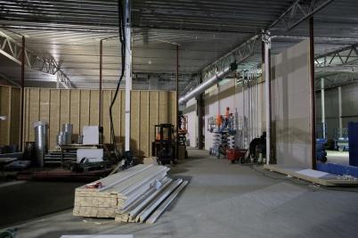 27 november 2018 - Och inne i shoppingcentret byggde man butikslokaler.