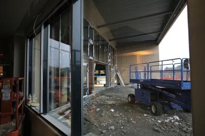 3 december 2018 - Det jobbades med shoppingcentrets nya huvudentré.