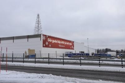 17 december 2018 - I shoppingcentret försökte man få till julkänslan trots bygget.