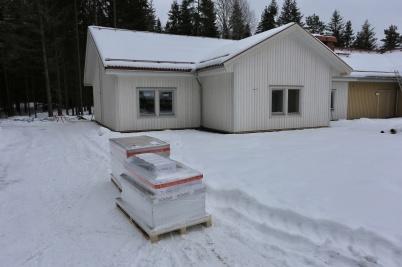 21 februari 2018 - Belysningsarmaturer har anlänt från Nokalux.