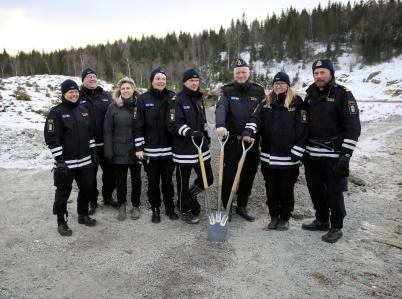 14 januari 2019 - Vid gränsen samlades tullens personal för att se första spadtaget för nya tullstationen.