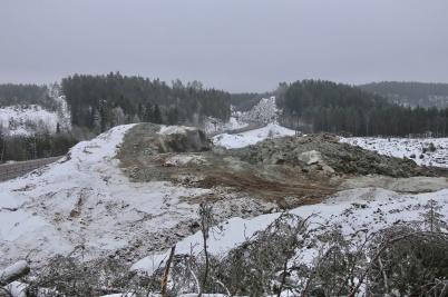 24 januari 2019 - Och vid tullstations-bygget sprängde man berg.