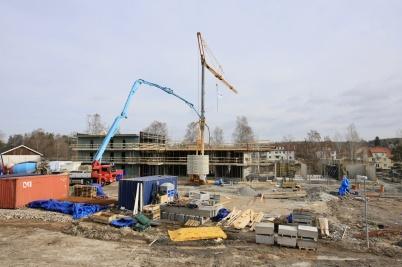 29 mars 2019 - Och på Solängen började hyreshus nr 2 växa upp.