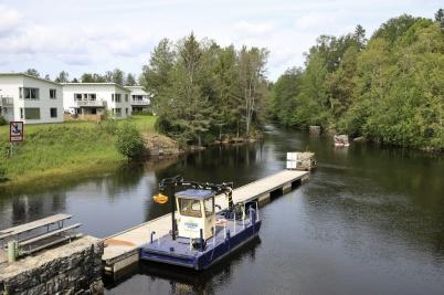 4 juni 2019 - Dalslands Kanal anlände till Töcksfors med arbetsbåten - det var dags för slussningspremiär.
