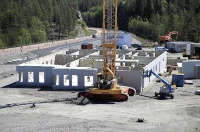 17 juni 2019 - Och monteringen av tullstationen gick snabbt.