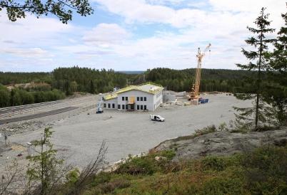 31 juli 2019 - Och nya tullstationen kom under tak.