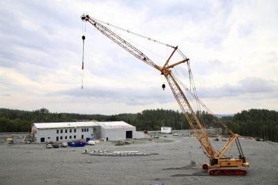 29 augusti 2019 - Vid tullstationsbygget hade den stora byggkranen gjort sitt.