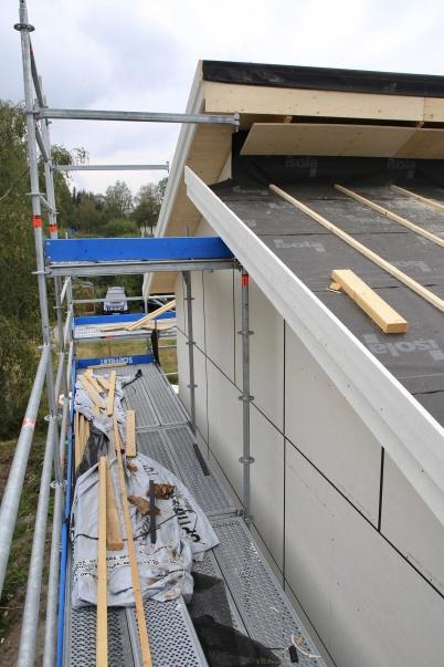 29 augusti 2019 - . . . taket färdig-ställdes . . .