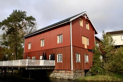 10 oktober 2019 - Arbetet med renovering av Kvarnen fortskred.