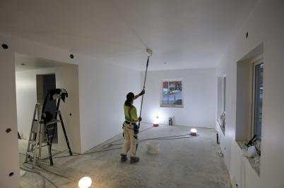 15 november 2019 - Vid Slussen började man måla nya hyreshusets lägenheter.