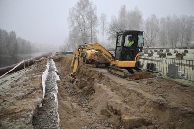 19 december 2019 - Frostigt väder gjorde arbetet med askgravplatsen lättare.