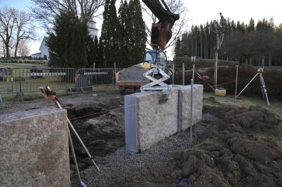 10 januari 2020 - På kyrkogården vid Töcksmarks kyrka byggdes en askgrav-plats.