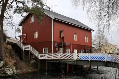 8 februari 2020 - Kvarnen renoverades och fick nya specialbeställda fönster.