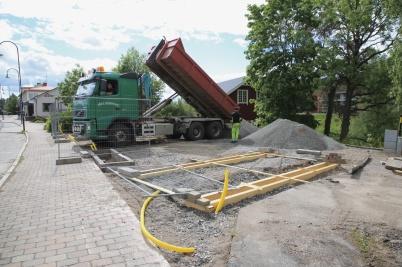 8 juni 2020 - Arbetet med nya Kioskparken fortskred.