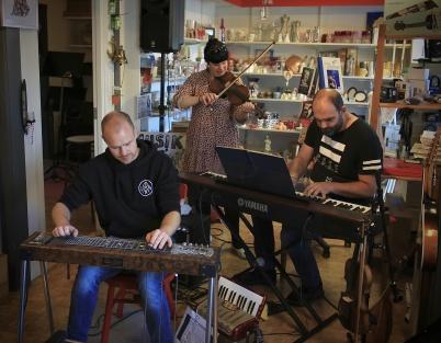 25 augusti 2020 - I Konst & Musikboden var det jamsession.
