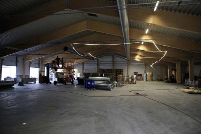 20 oktober 2020 - . . . och inne i fabriken monterades nya ventilationen.