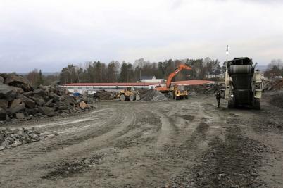 10 december 2020 - Man kunde se hur nya industrivägen skulle svänga ner mot gamla industrivägen.