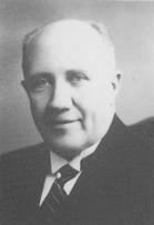 Olof Söderlund var 1:e dirigent i 38 år under tiden 1909-01-28 - 1921-01-27 1922-02-11 - 1946-01-26 1947-01-25 - 1949-01-29 2:e dirigent 1 år 1921-01-27 - 1922-02-11
