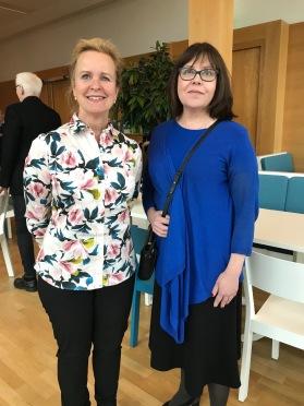 Föreningens nyvalda ordförande Charlotte Svensson t.h. tillsammans med sin företrädare på posten Therese Mattsson. Foto Petra Johfur.