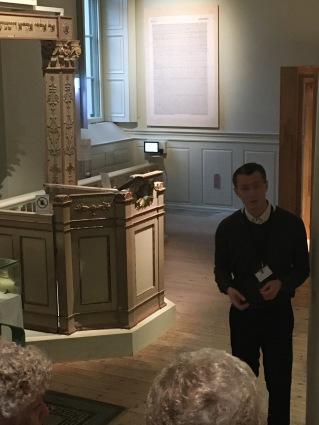 Synagogans predikstol kom under 1800-talet att användas i den sjömanskyrka som tog över lokalerna i Gamla Stan på 1870-talet. I den var psalmförfattaren Lina Sandell verksam. Senare fanns en polisstat