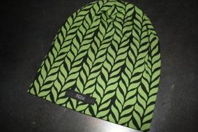 Svart  med gröna blad - svart m gröna blad stl 18