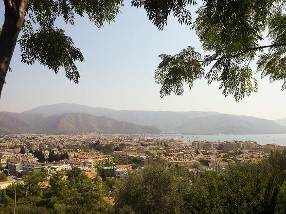 Panorama bild över Marmaris i Turkiet