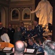 Kvällens dirigenter och solister blir upplysta med ljus av Helena Andersson och Bengt Klingstedt