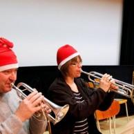 """Här spelas """" Hej tomtegubbar""""  , av tomtarna Janne Marberg , Annika Ronngaad."""