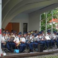 Ljuvliga toner spelades av musikkåren denna SKÖNA sommarkväll.
