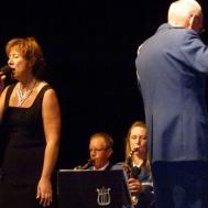 Som extranummer framfördes We´ll meet again med Ingrid Lindebratt som sångsolist.