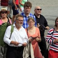 Thomas Åstrand,Annika Ronngaard och Malin Nordlund försöker hitta rätt.