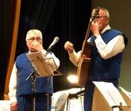 """Vi är inte förkylda vi spelar """"Näsocarina"""" till publikens förtjusning"""