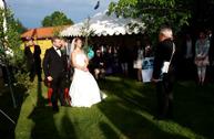 Ola Ålstam talade och gratulerade brudparet