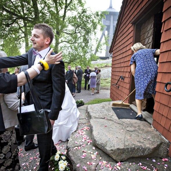 Lite städning inför nästa brudpar...