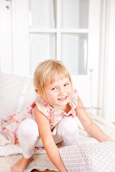 barnfotograf halmstad göteborg fröken fokus shyness--3
