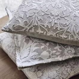 A. William Morris Tygkollektion Pure Fabrics gardin (9 tyger men i många färgställningar)