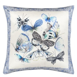 A Nyhet Designers Guild Kudde Papillons Cobalt CCDG0727 (1-PACK)