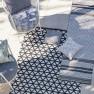 Designers Guild Plastmatta indoor/outdoor Matta DELRAY NOIR Fyra storlekar RUGDG0582-84,87 Kampanj 25% rabatt på hela köpet över 5000 kr (gäller ej rea och tyger) KOD. GTGYTKXL - Matta  90x150  köp här