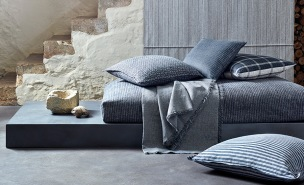 Mark Alexander Tygkollektion Shibui Decorative Linens and Linen Sheers