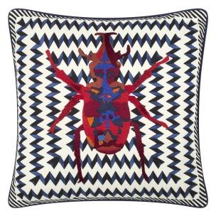 Christian Lacroix Kudde Beetle Waves Oeillet Cushion 40 x 40cm CCCL0575 (1-PACK ) Kampanj 25% rabatt på hela köpet över 5000 kr (gäller ej rea och tyger) KOD. GTGYTKXL - Kudde per st