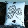 A Nyhet Christian Lacroix Kudde Monsieur Fleur Bleu Nigelle Cushion 60 x 45cm CCCL0577 (1-PACK )